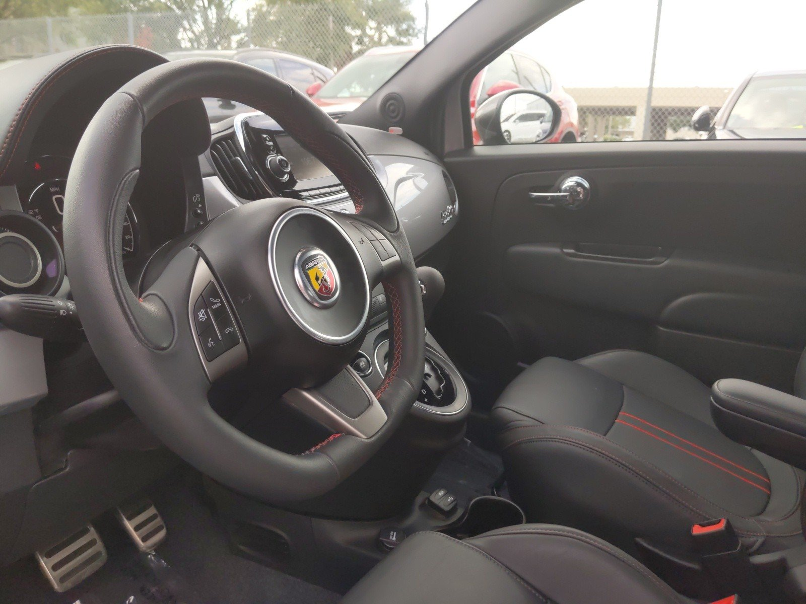 Pre-Owned 2018 FIAT 500c
